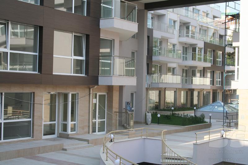 Двухкомнатная меблированная квартира в закрытом комплексе рядом с кауфленда в районе бриз-юг.